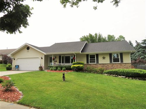 Photo of 709 Royal Dr, West Bend, WI 53090 (MLS # 1695979)