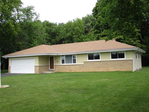 Photo of 7228 S Clement Ave, Oak Creek, WI 53154 (MLS # 1752982)