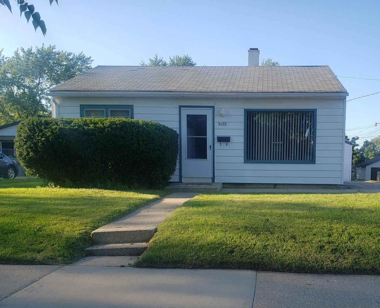6100 W Holt Ave, Milwaukee, WI 53219 - MLS#: 1702984