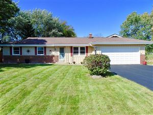 Photo of S73W16834 Briargate Ln, Muskego, WI 53150 (MLS # 1660989)