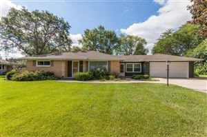 Photo of 14325 W Glendale Ave, Brookfield, WI 53005 (MLS # 1658996)