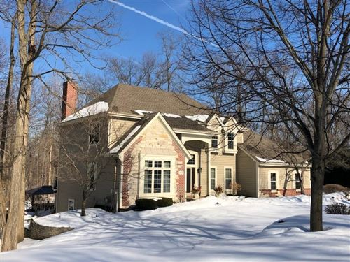 Photo of 570 Toldt Forest Ct, Brookfield, WI 53045 (MLS # 1728999)