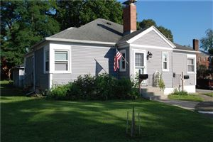 Photo of 1102 Woodlawn Avenue, Springfield, OH 45504 (MLS # 422201)