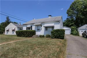 Photo of 2338 Dellwood, Springfield, OH 45505 (MLS # 429265)