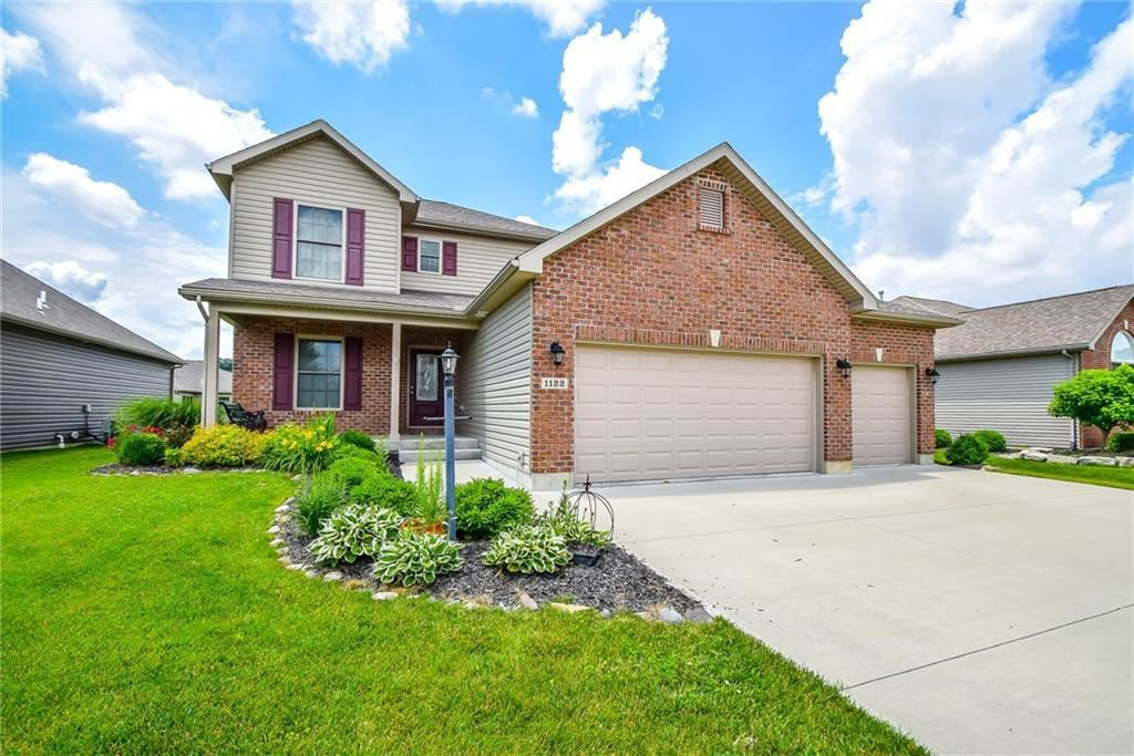 1122 Pond View, Troy, OH 45373 - #: 428477