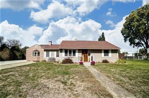Photo of 1616 Victory, Springfield, OH 45505 (MLS # 431741)