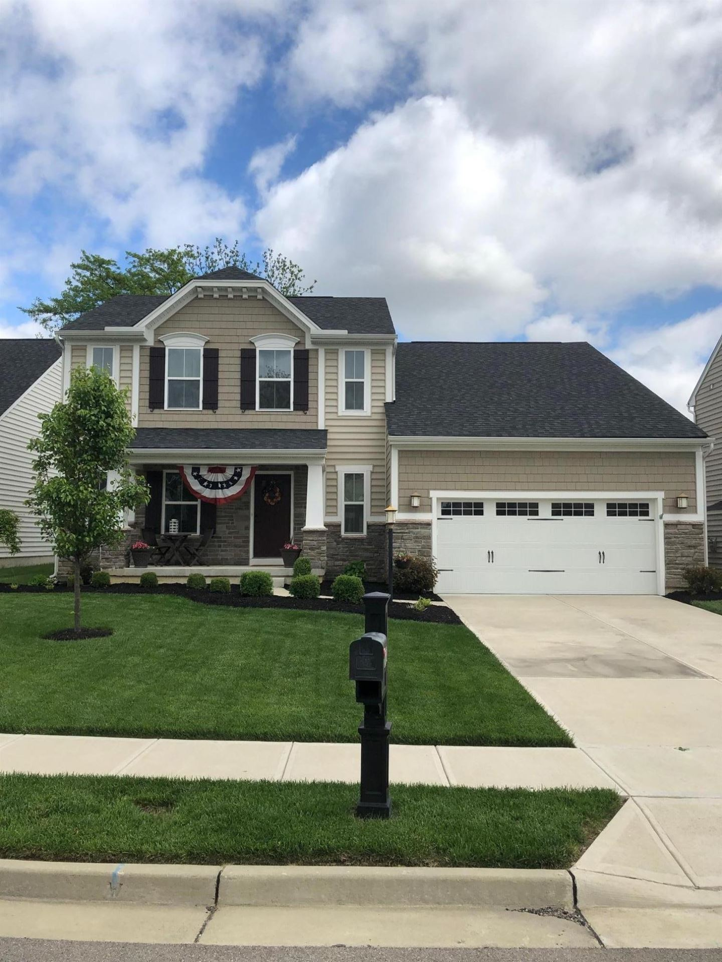 1627 Gray Hawk Court, Troy, OH 45373 - #: 1001793