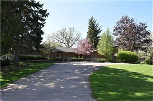 Photo of 2431 Carriage Hill Drive, Bellefontaine, OH 43311 (MLS # 427889)