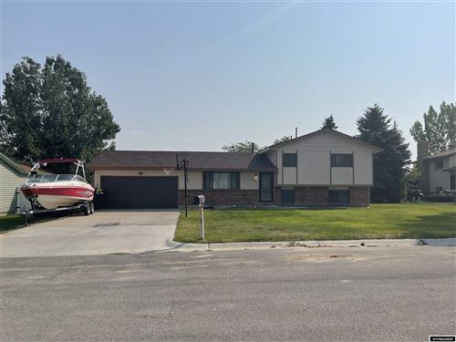 Photo of 1804 Dundee Drive, Rawlins, WY 82301 (MLS # 20215290)