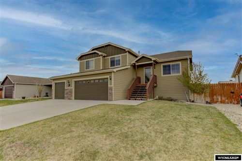 Photo of 887 Fossil Butte Street, Mills, WY 82604 (MLS # 20212406)