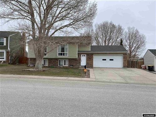 Photo of 2407 Kilmary Drive, Rawlins, WY 82301 (MLS # 20211888)