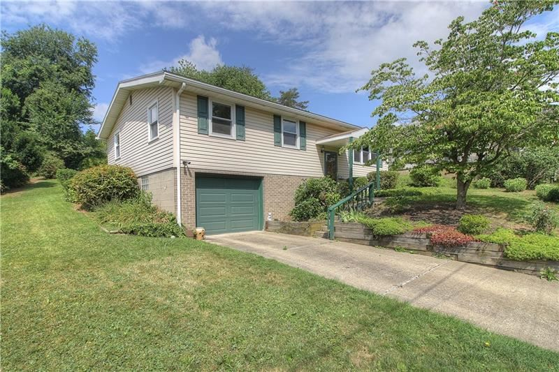 1707 20th Ave., Beaver Falls, PA 15010 - MLS#: 1460519