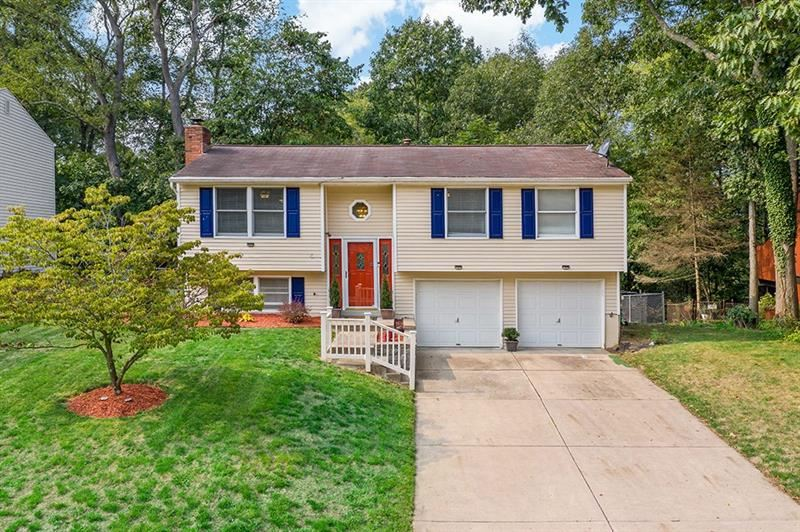 1912 Riggs Rd, South Park, PA 15129 - MLS#: 1468849