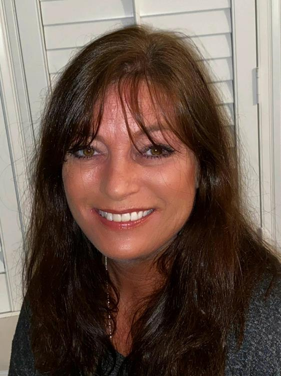 Leigh Stephens, The Sandlapper Group- AgentOwned Realty