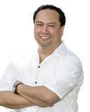 Lester Salazar & the Premier Island Homes Team