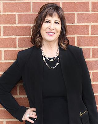 Merle O'Connor, RE Salesperson, Miranda Real Estate Group, Inc.