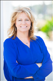 Lucy Schneider, RE/MAX Southern Shores