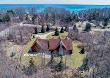 Just Sold in Mequon