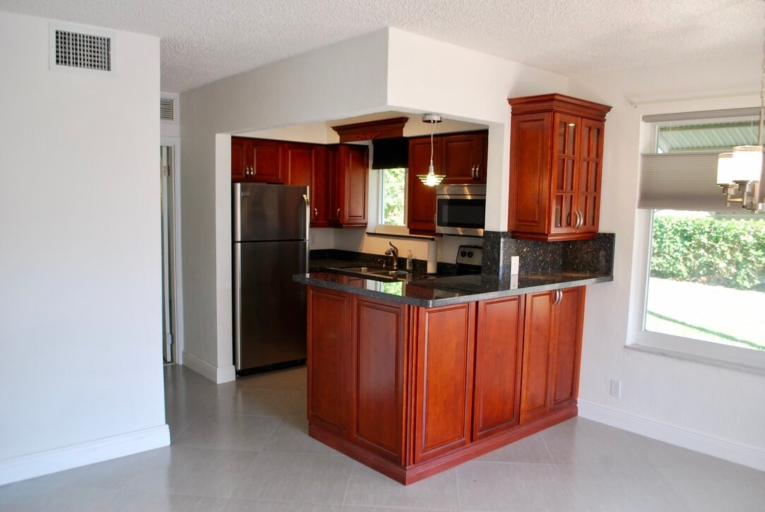 3912 NE 22nd Ave #4B Fort Lauderdale Fl 33308 - photo of kitchen