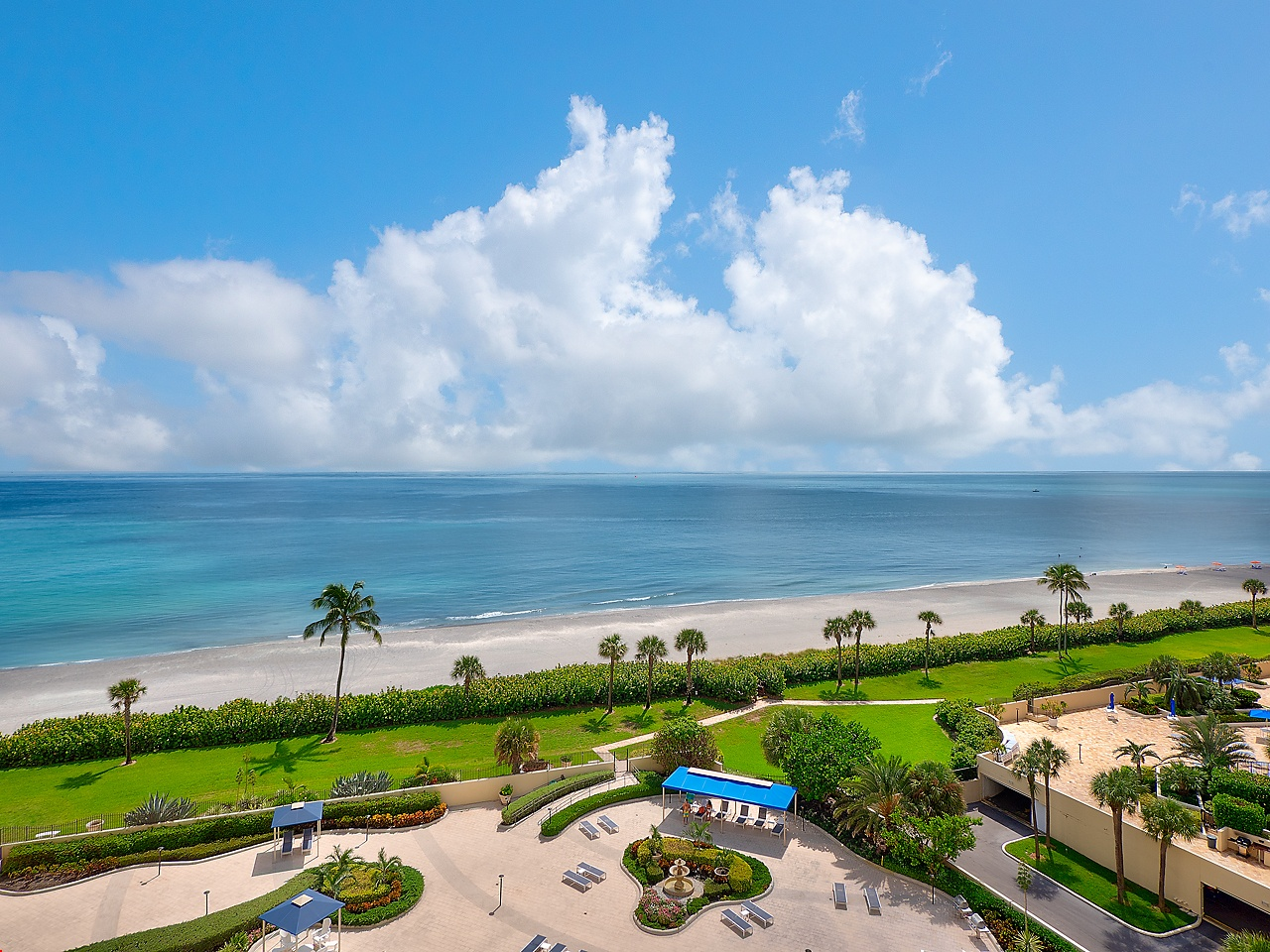 Jupiter Oceanfront Condo For Sale