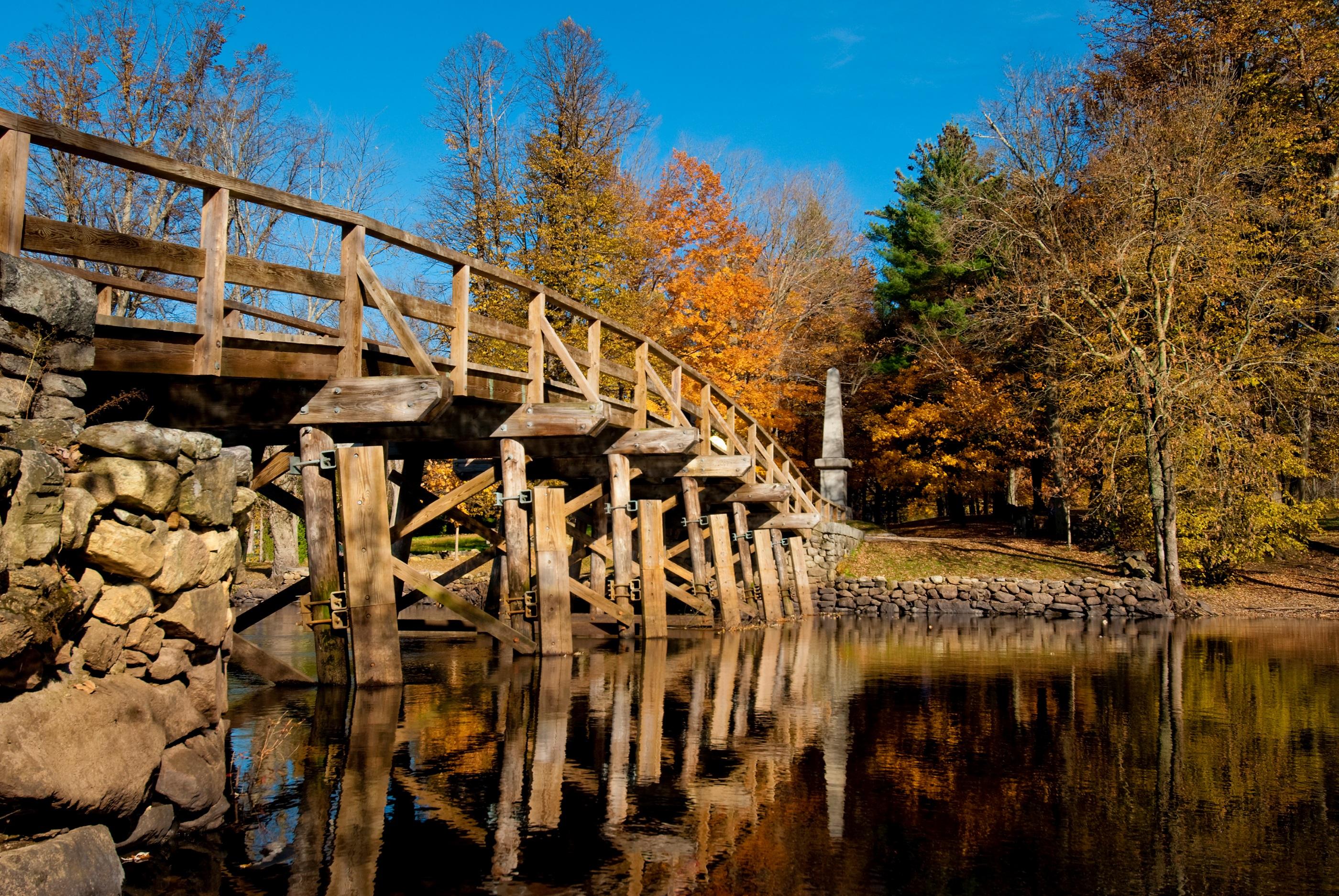 Old-north-bridge-152502530_3228x2161