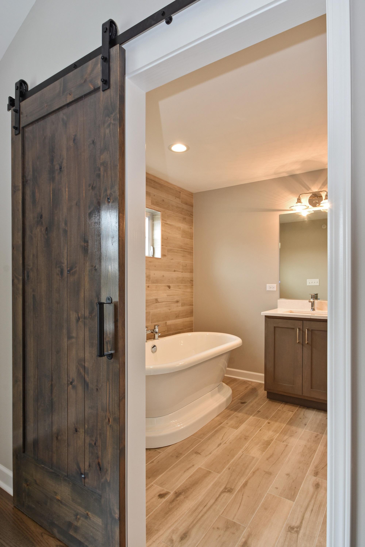 Seven Oaks tonw homes Bathroom New construction Lemont Illinois