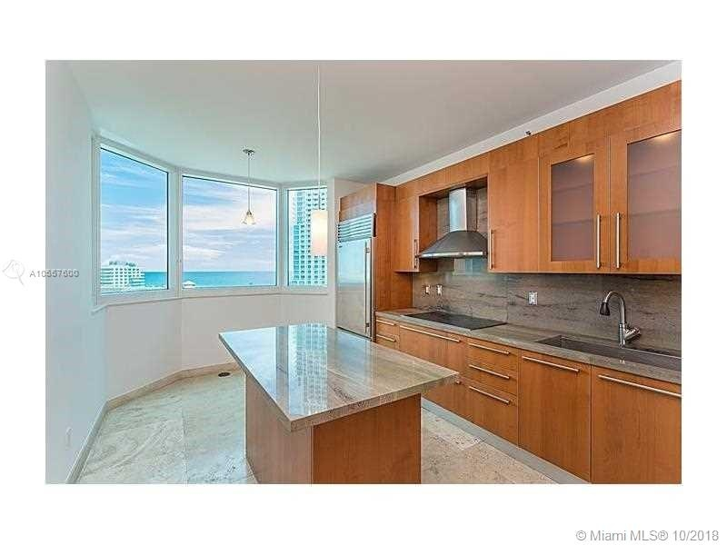 300 S Pointe Dr #1002 Kitchen with View