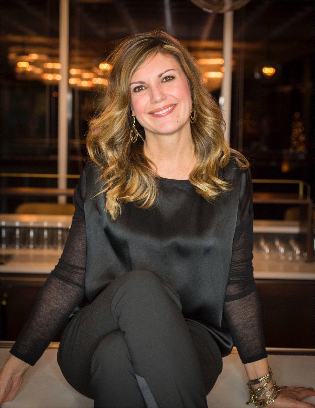 Wendy Ruehlmann Headshot 2019