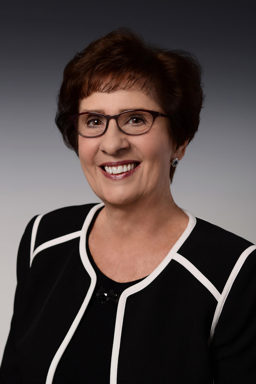 Sharon Cook Headshot