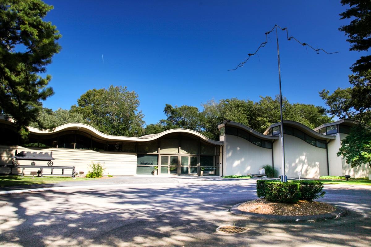 Duxbury art complex