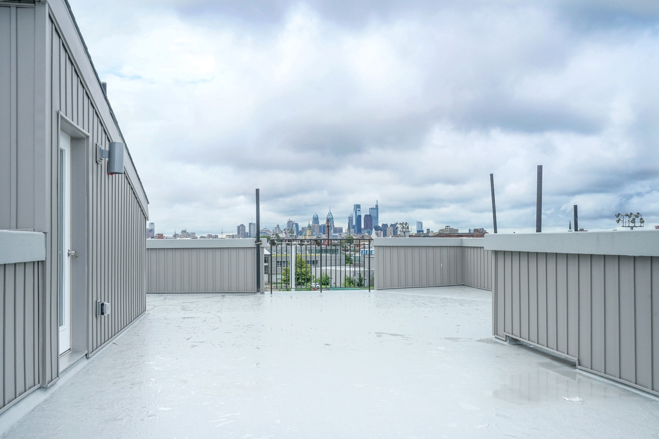 Norris Apt Rooftop View