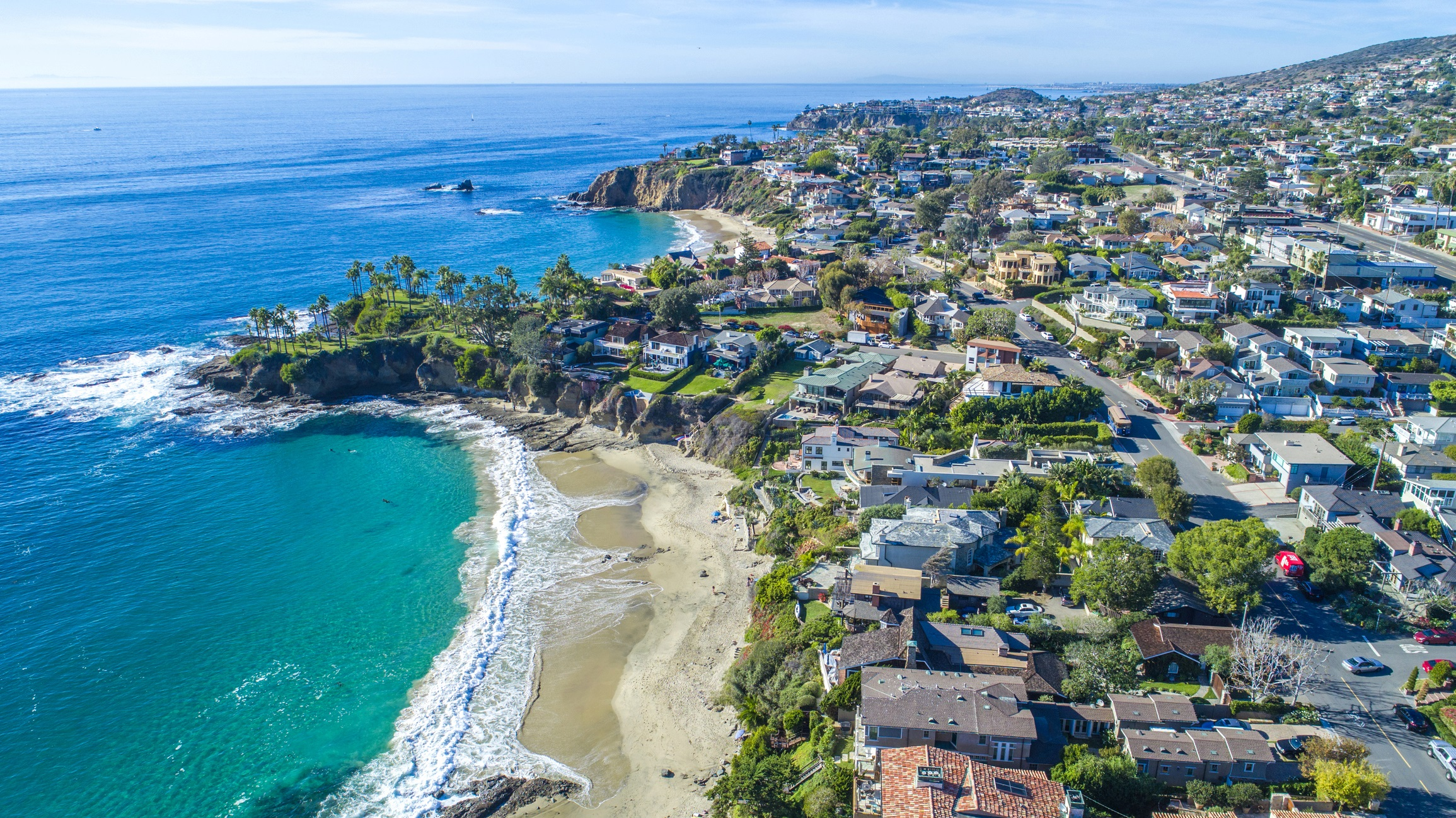 Laguna Beach Is An Affluent Seaside Resort City And Artist Community Located In Southern Orange County California United States Roximately 19 Miles