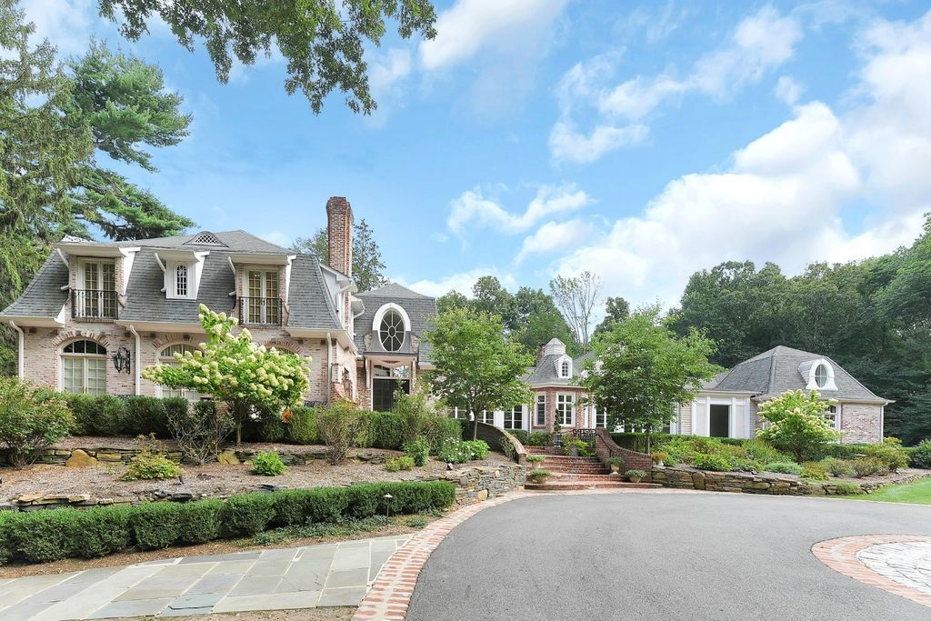Elegant Luxury Homes For Sale In Franklin Lakes New Jersey