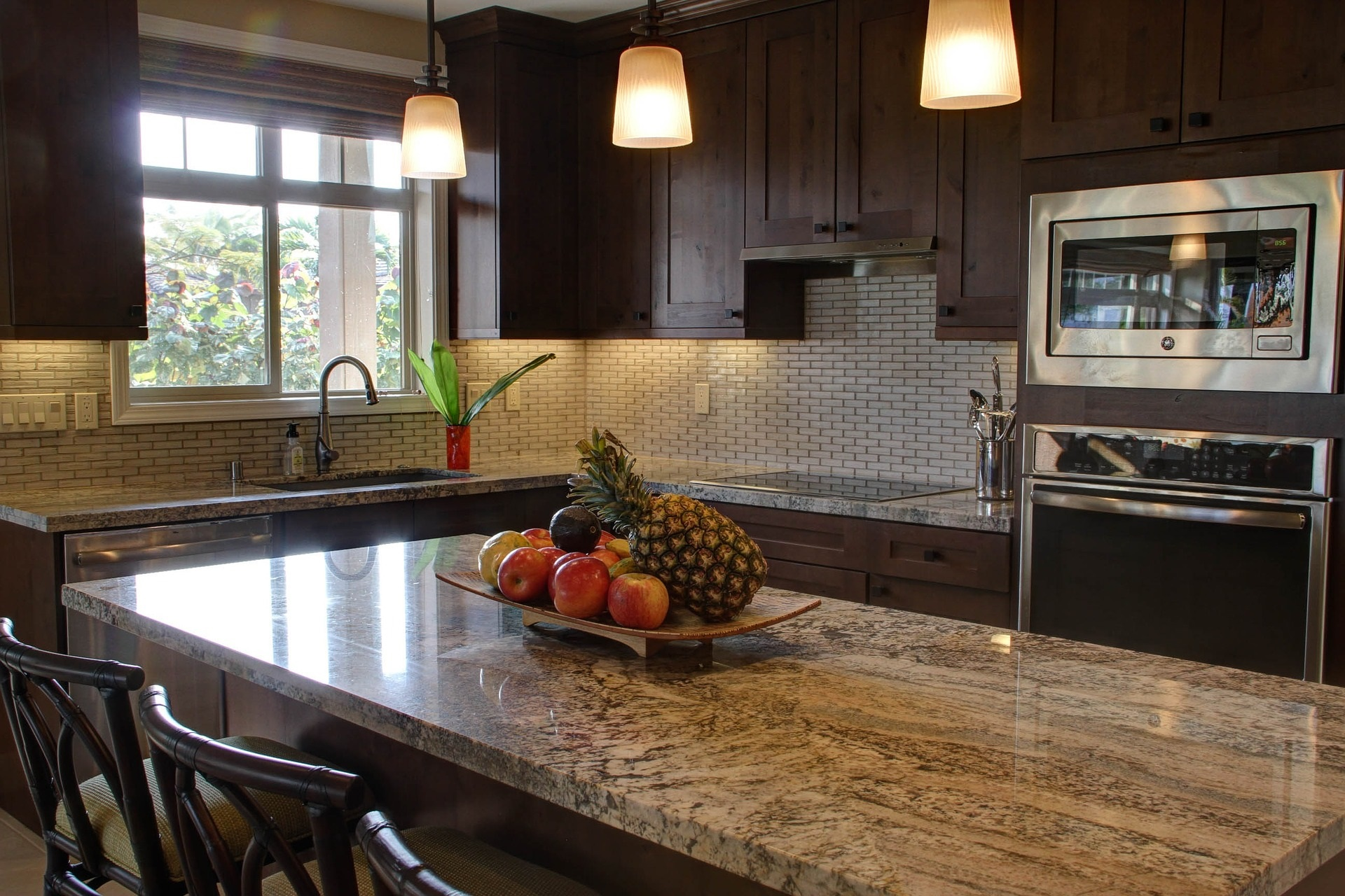 simple staging part 1 kitchen and common areas