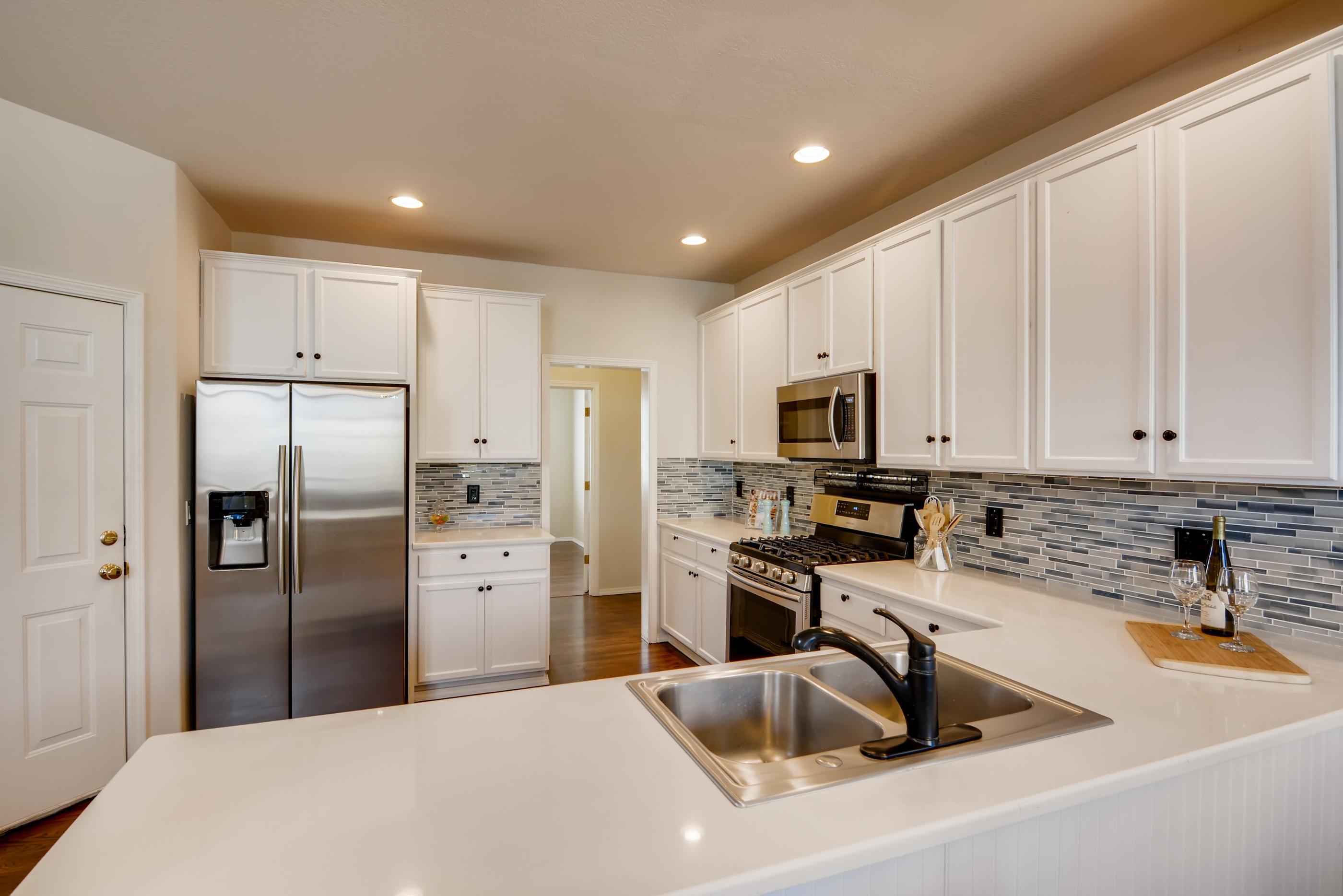406 NE 64th Place Hillsboro OR-print-009-012-Kitchen-3600x2402-300dpi