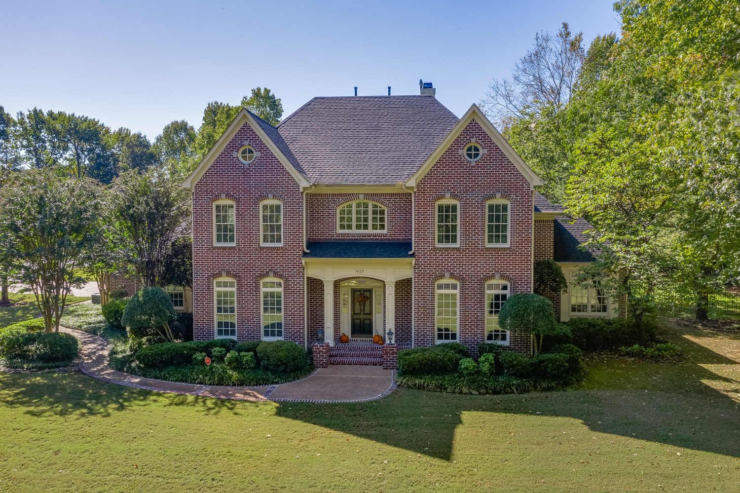 chapel creek Cordova luxury home ally pierce