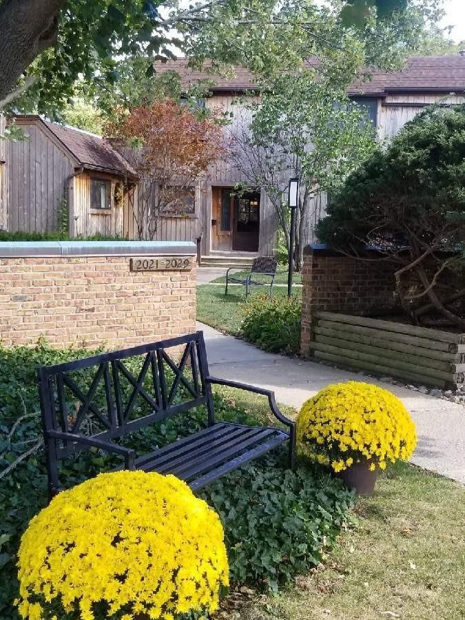 Ann Arbor                                                                      , MI - $239,800