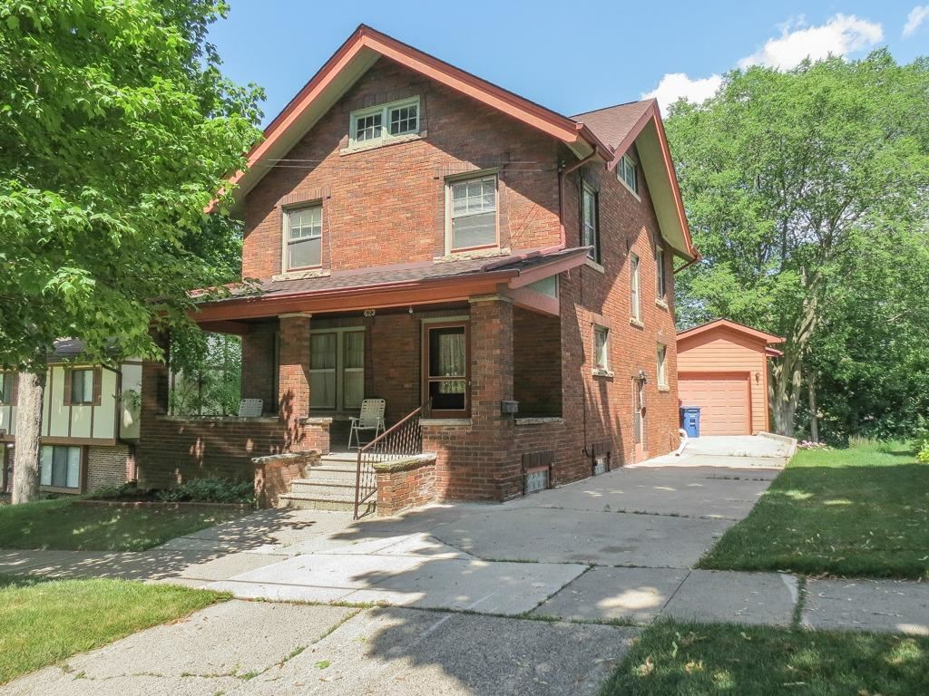 Ann Arbor                                                                      , MI - $569,800