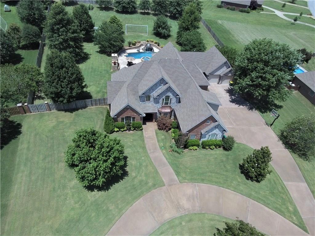 Property Image Of 11245 W Stonebriar Drive In Bentonville, Ar