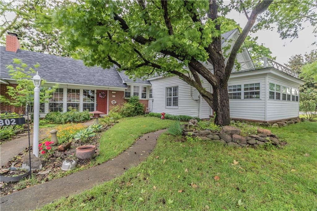 Property Image Of 302 S 15Th Street In Rogers, Ar
