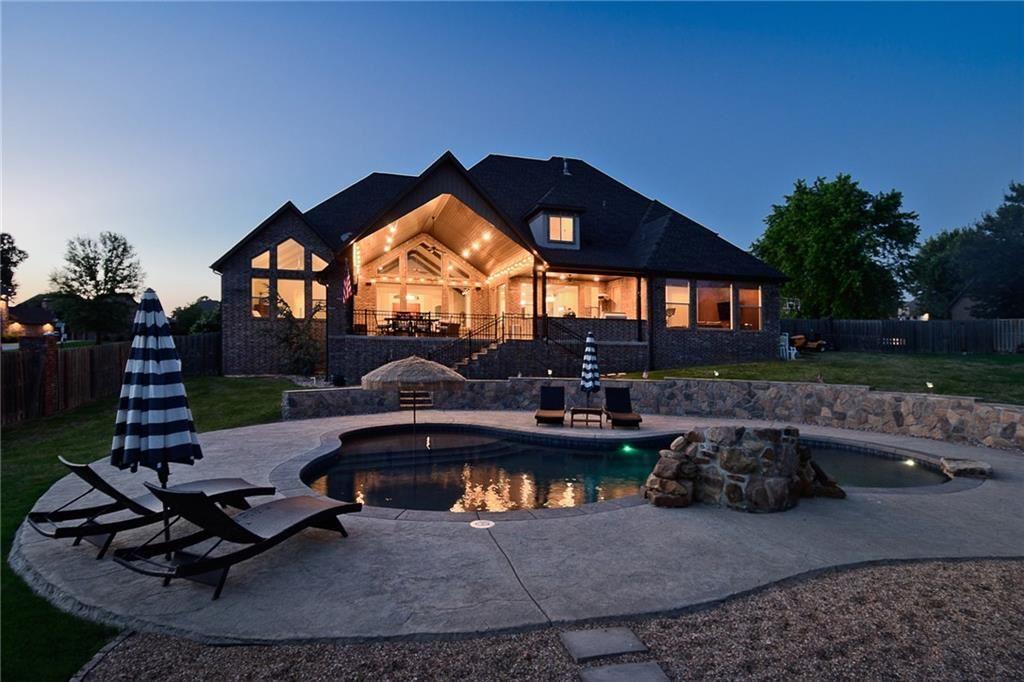 Bentonville                                                                      , AR - $1,297,000