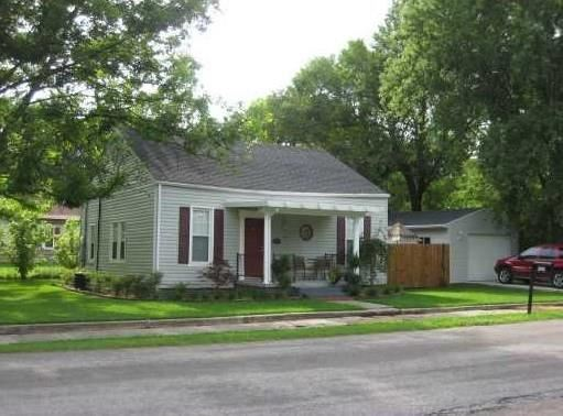 Property Image Of 920 S 2Nd Street In Rogers, Ar
