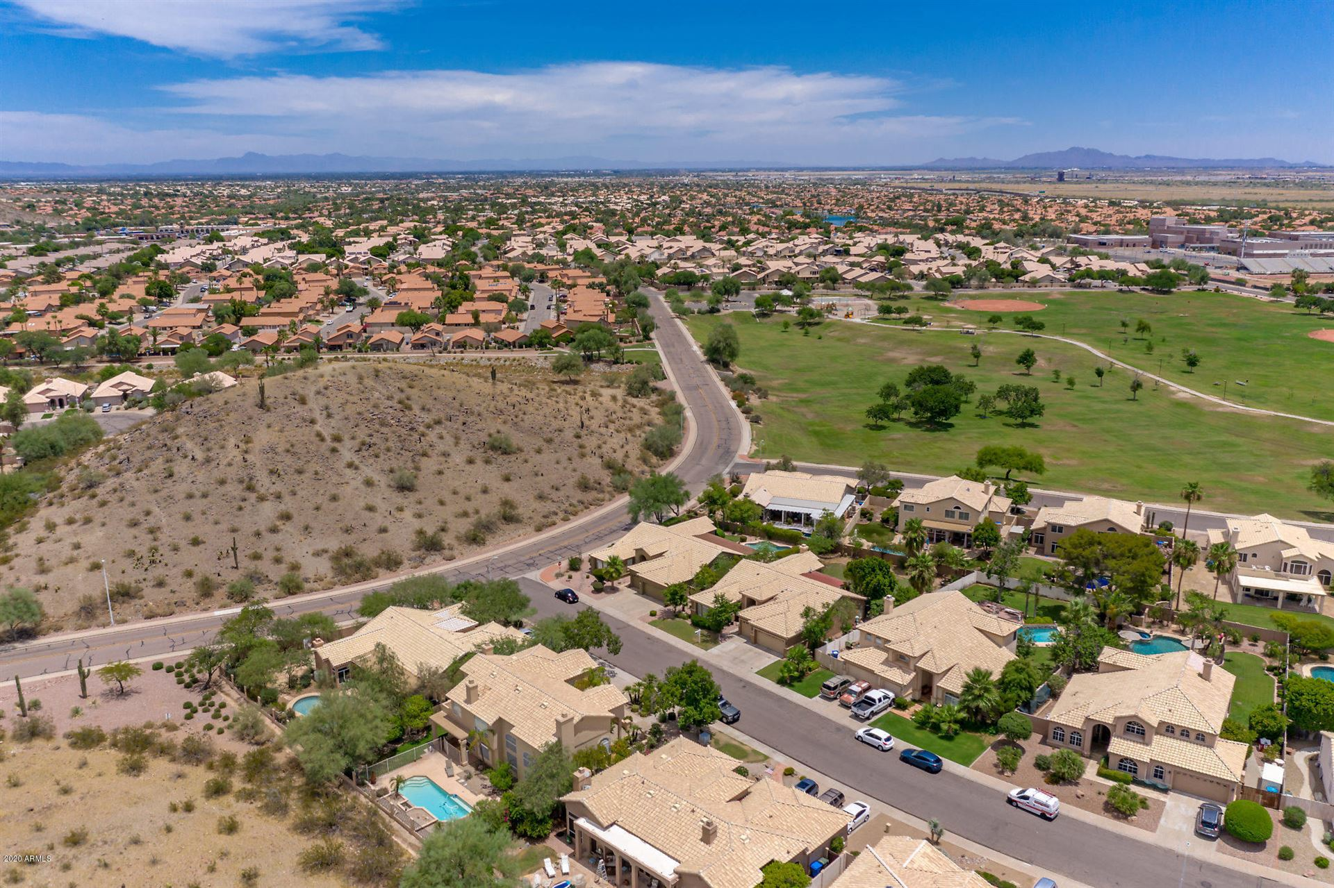 Property Image Of 16043 S 27Th Place In Phoenix, Az