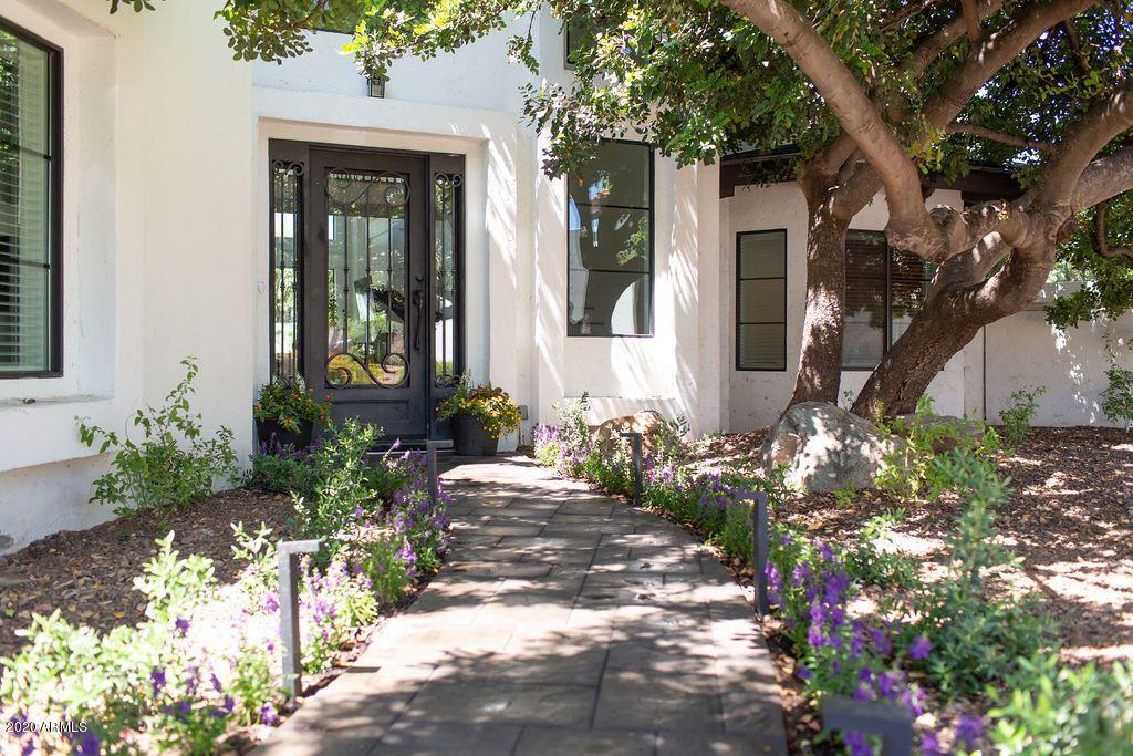 Property Image Of 2401 E San Miguel Avenue In Phoenix, Az