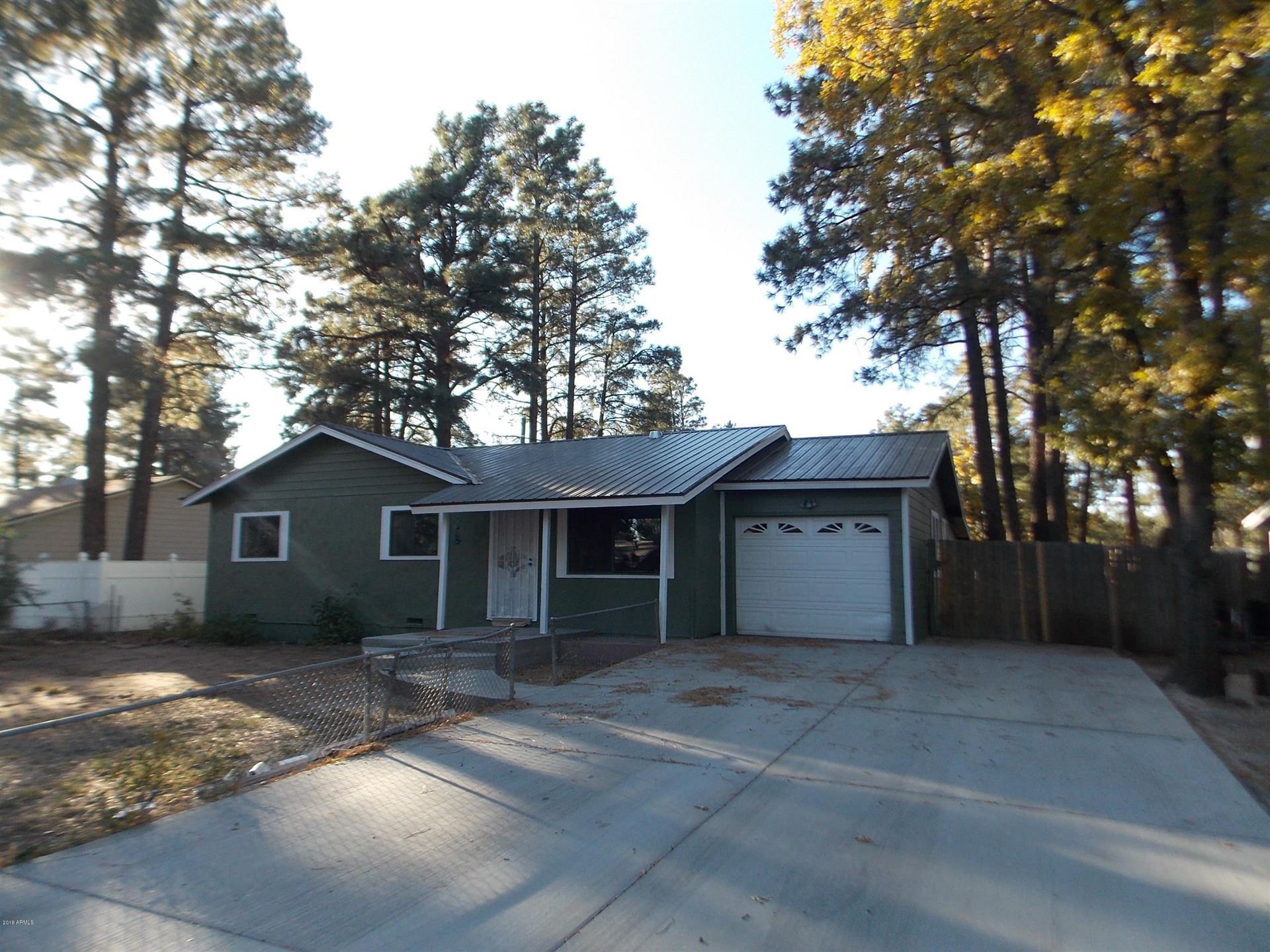 Property Image Of 61 W Oliver -- In Show Low, Az