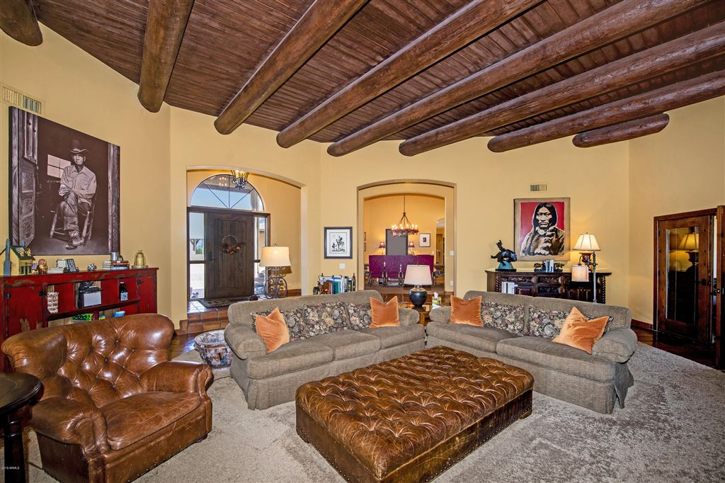 Property Image Of 29441 N 64Th Street In Cave Creek, Az