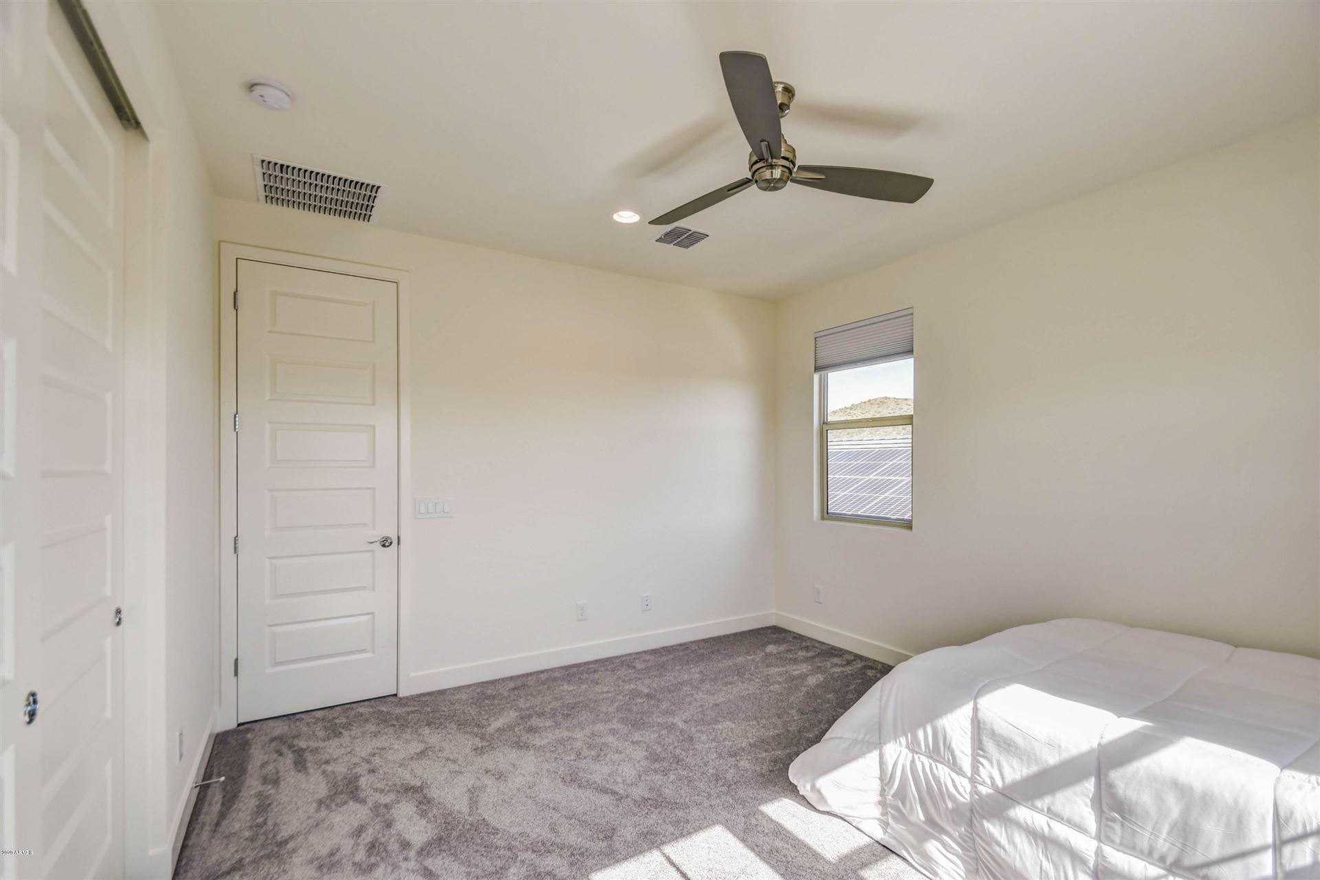 Property Image Of 534 E Pasaro Drive In Phoenix, Az