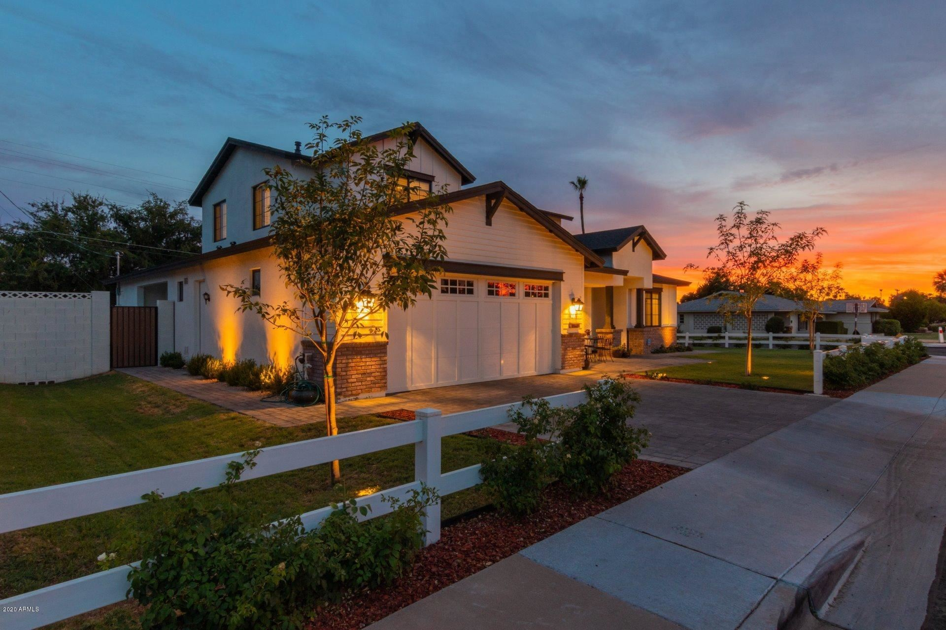 Property Image Of 4215 E Weldon Avenue In Phoenix, Az