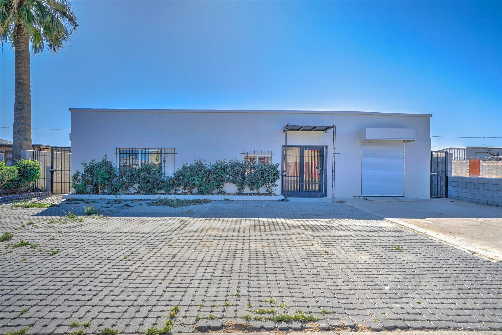 Property Image Of 2420 S 18Th Place In Phoenix, Az