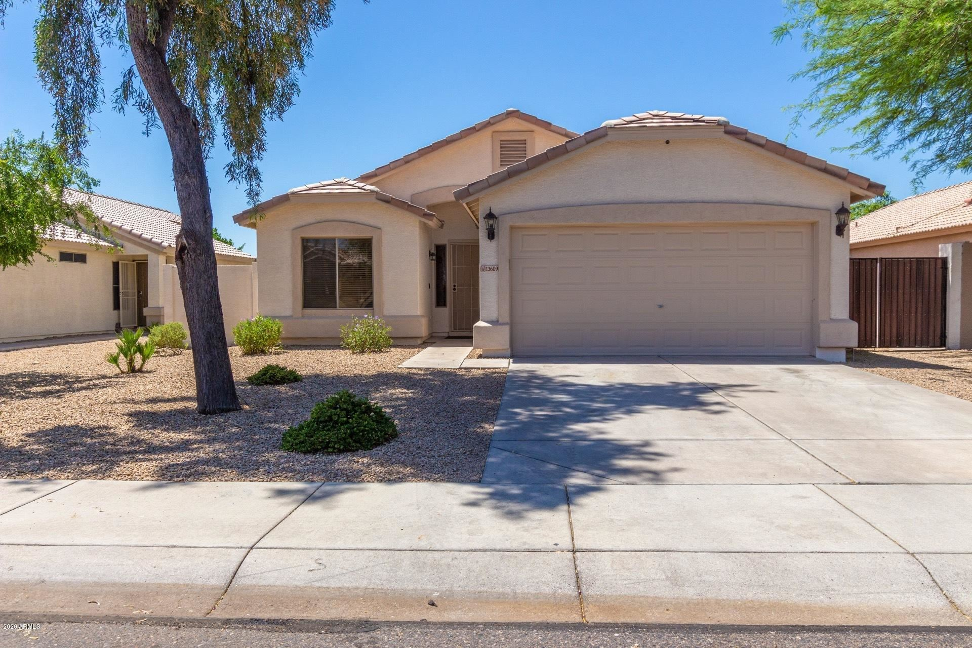 Property Image Of 13609 W Solano Drive In Litchfield Park, Az